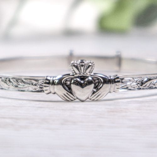 Maids Claddagh Bangle