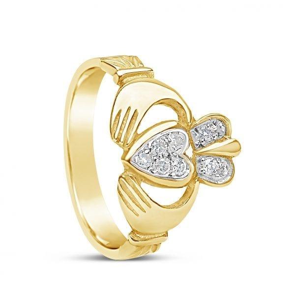 Pavé Diamond Claddagh Ring