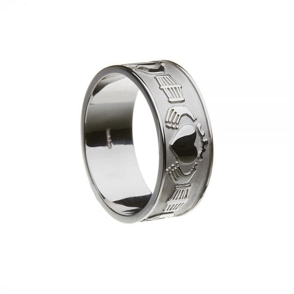 Gents Extra Wide Claddagh Ring
