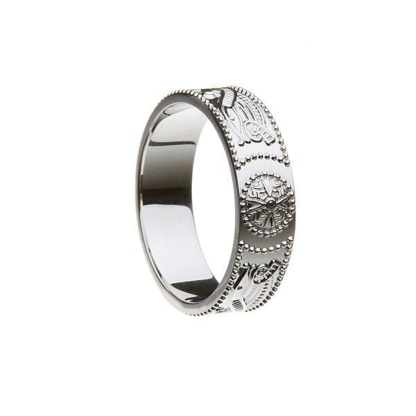 Celtic Warrior Shield Wedding Ring – Medium